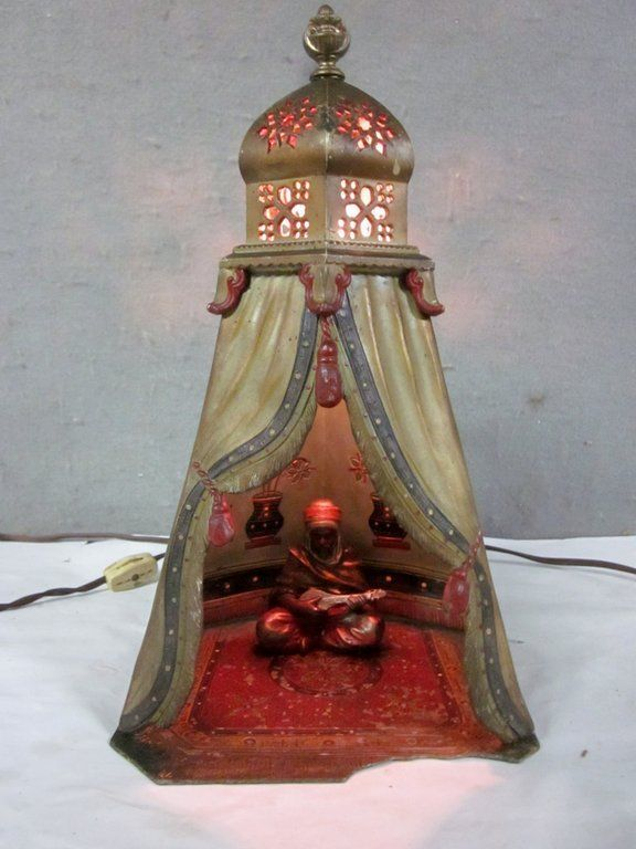 VINTAGE Viennese Cold Painted Spelter Lamp Modelled As AN ARAB .