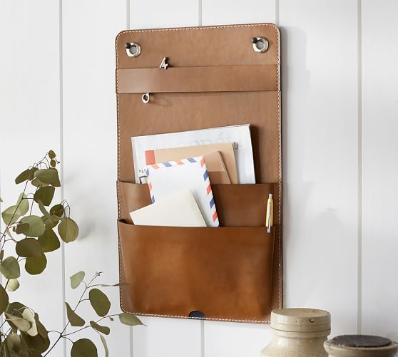 28 Edgy Leather Home Decor Ideas To Try - DigsDi