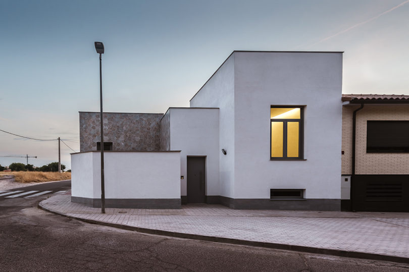 A Light-Filled House in Toledo, Spain Where Patios Have Nobility .