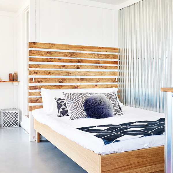 How To Make A Small Space Bedroom Feel Like A Cozy Haven - Lon
