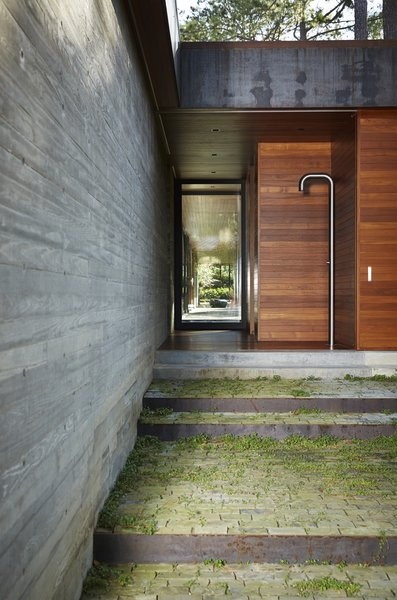 Dwell's Favorite 10 Modern Outdoor Shower Pools, Tubs, Showers .