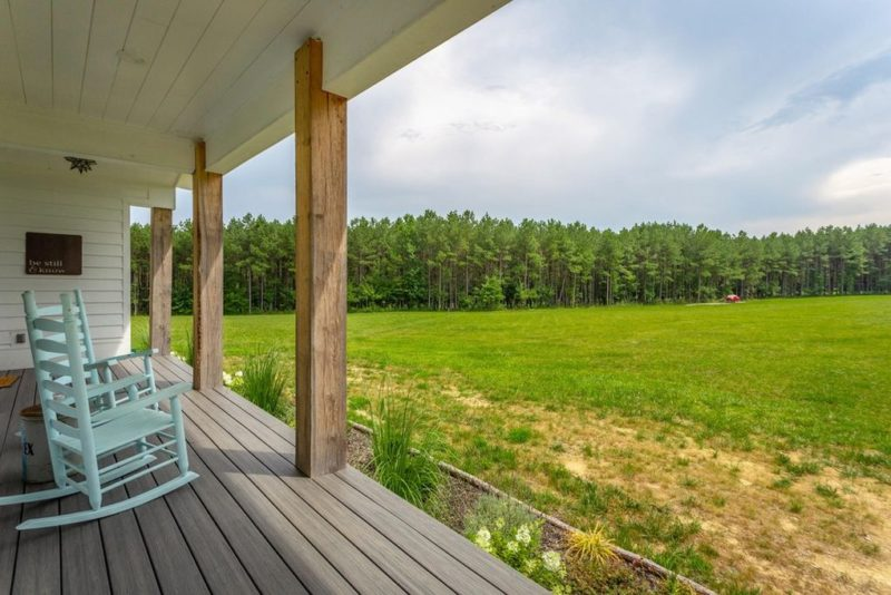 A Modern Farmhouse For Sale in Signal Mountain, Tennessee - Hooked .