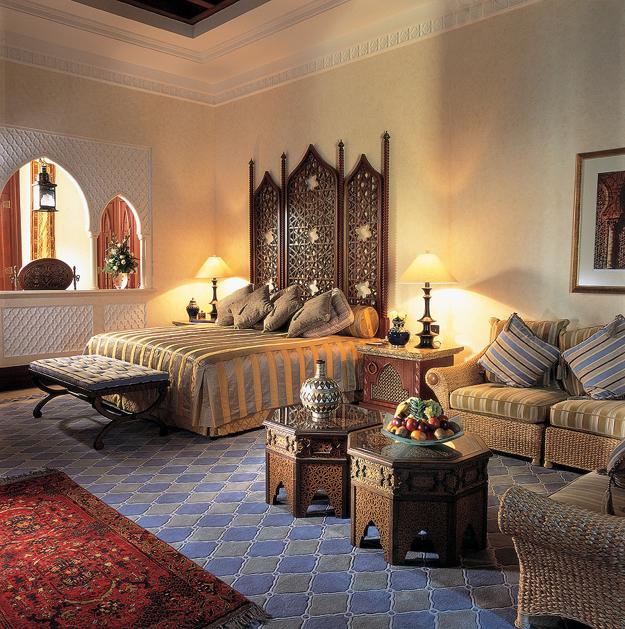Modern Interior Design in Moroccan Style Blending Chic and Comfort .