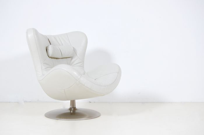 Sound by Natuzzi – Armchair – Model without speakers. - Catawi