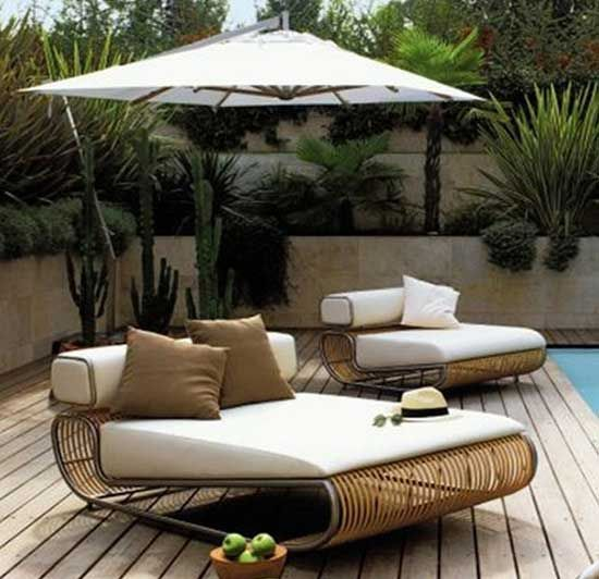 29 Cool Outdoor Lounge Chairs For Summer Napping | Luxury outdoor .
