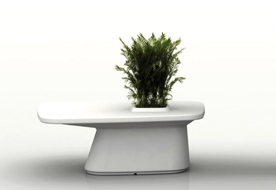 Outdoor Tables with Flowerpot - Moma from Vondom - DigsDi