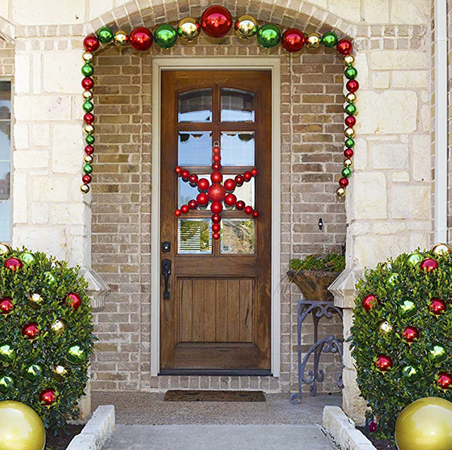 7 Best Large Christmas Ornaments - Giant Outdoor Holiday Decoratio
