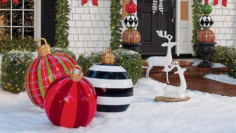 Best Large Outdoor Christmas Ornaments - Giant Holiday Ornament .