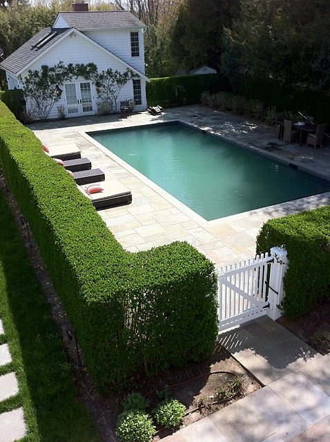 30 Stylish And Practical Pool Fence Designs - DigsDi