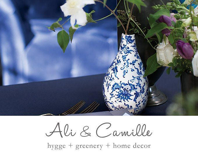 Chinoiserie table runner, faux silk, Ginger jar blue, blue and .