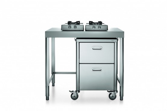 Race-Car-Style Inox Kitchens For Tight Spaces - DigsDi