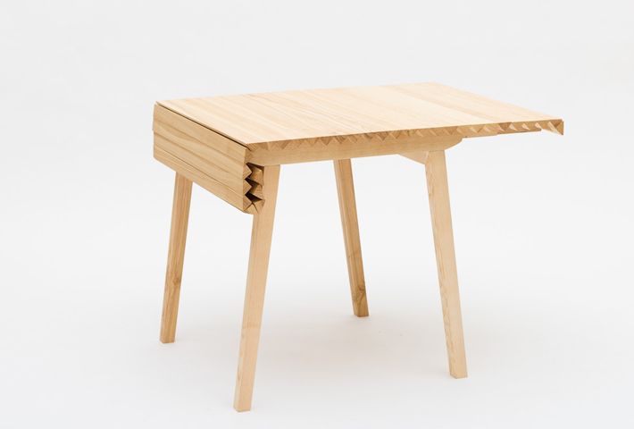 A Rollable Wooden Table Top By Nathalie Dackelid - IGNA