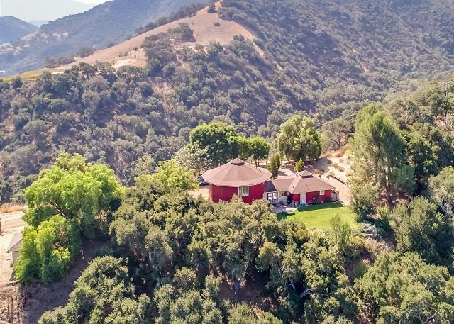 Hilltop Wine Country Retreat w/ Magnificent Views UPDATED 2020 .