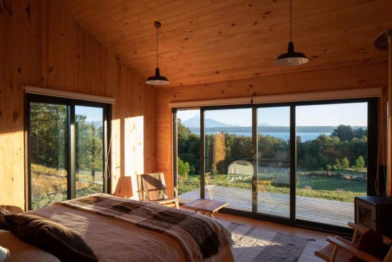 Rustic Chile House With A Lake And Volcano View - DigsDi