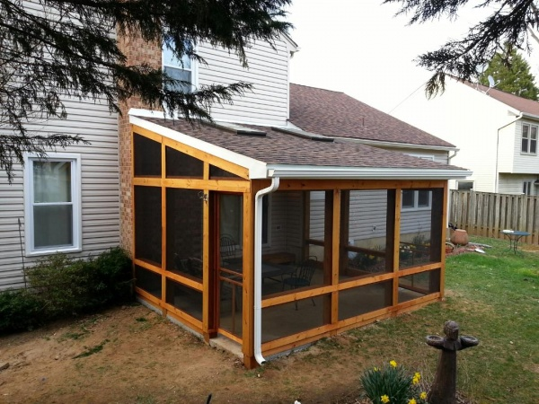 Screen Rooms & Screened in Porches in Baltimore & Towson MD .