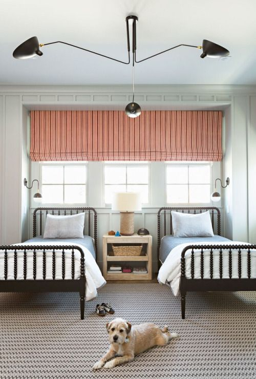 25 Cool Shared Guest Bedroom Decor Ideas - DigsDi