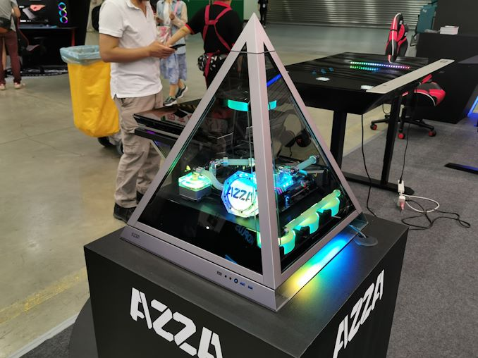 Azza's Pyramid Chassis: The Up-Side Down Case, But Also a Tabl