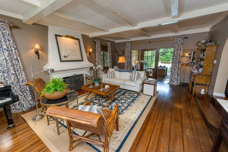 An Updated Spanish-Style Home For Sale in San Marino | Spanish .