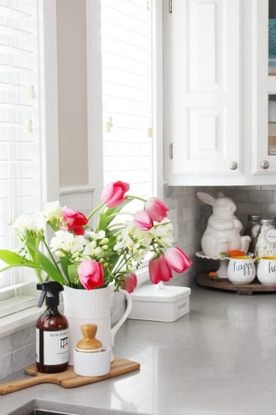 Simple Spring Decorations for the Kitchen - Clean and Scentsib