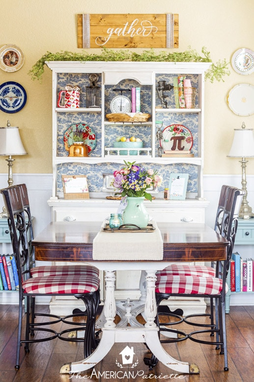 Spring Farmhouse Decorating Ideas for the Kitchen - The American .