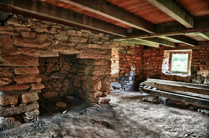 Old Stone Fireplaces: The Heart of the Home   Stone houses, Old .