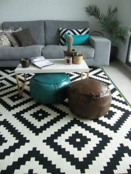 27 Interesting Geometry Design Ideas for Your Living Room   Rugs .