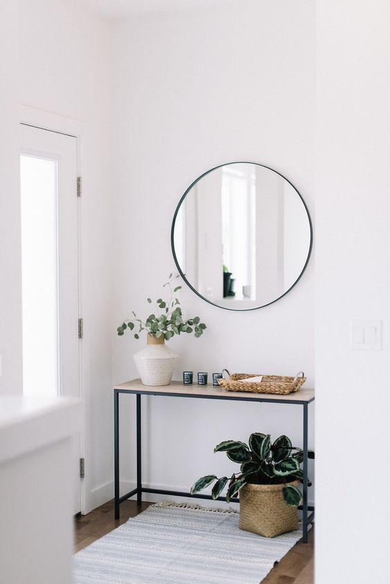 25 Ideas To Style Your Console Table For Summer | Minimalism .
