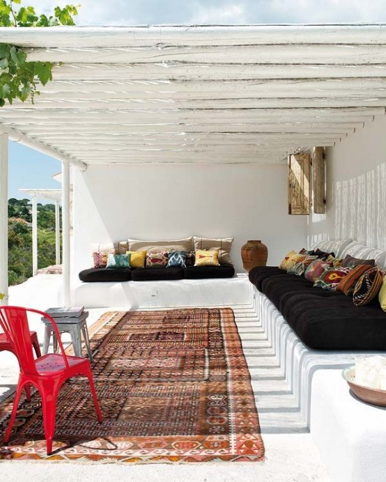 56 Cool And Inviting Summer Terrace Décor Ideas - DigsDi