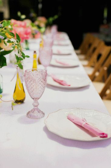elegant table setting plates   Garden baby showers, Chic baby .