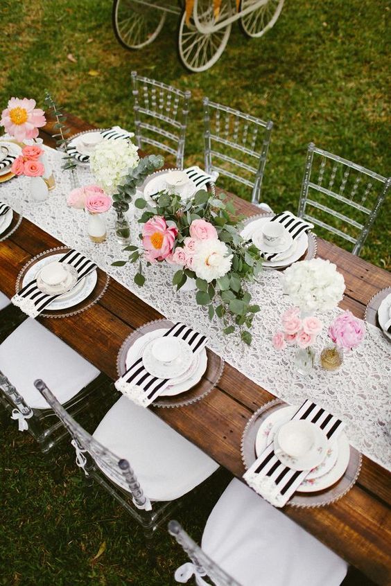 37 Sweetest Baby Shower Table Settings To Get Inspired - DigsDi