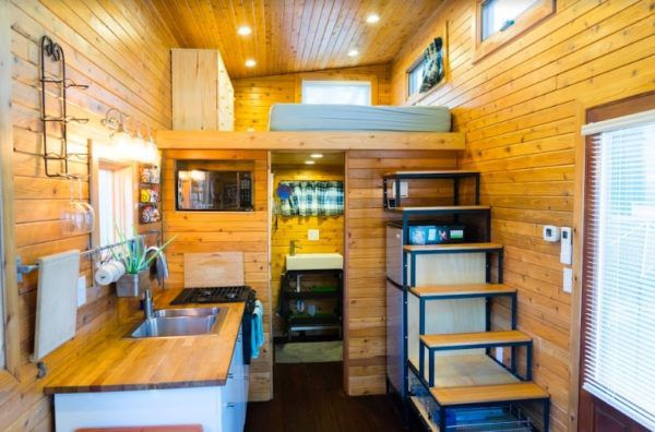 Extra touches make a $37K tiny house on wheels excel - Curbed Seatt