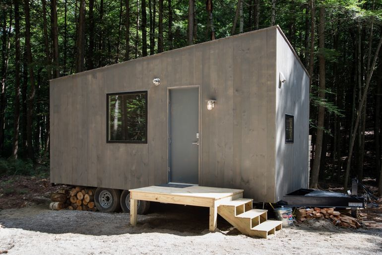 Tiny Off-Grid Cabins : secluded cab