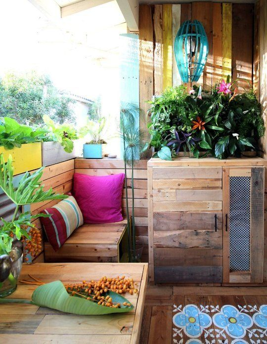 """The """"Rental Apartment Balcony to Tropical Retreat"""" Makeover ."""
