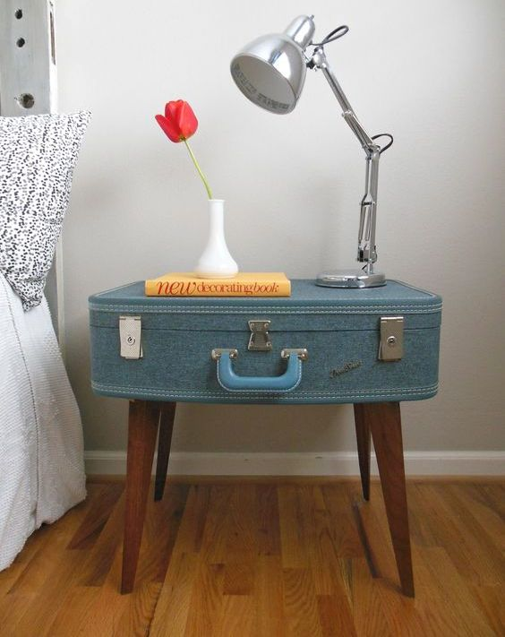 25 Unusual Nightstands That Are Functional - DigsDi
