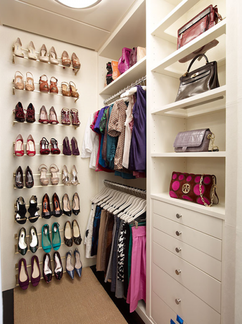 20 Incredible Small Walk-in Closet Ideas & Makeovers   The Happy .