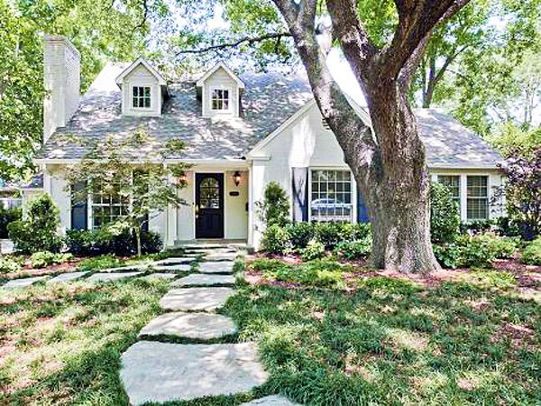 Pin by Riddhi Agrawal on Homes: Cottages & Character | Cottage .