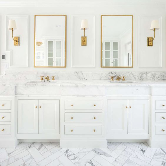 White and Gold Bathroom Ideas: How to create a stunning bathroom .