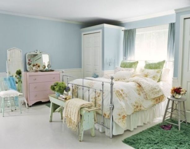 44 Wonderful Spring-Inspired Bedroom Decorating Ideas   Small .