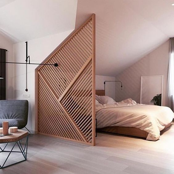 25 Wooden Screen Space Dividers For A Cozy Touch - DigsDi